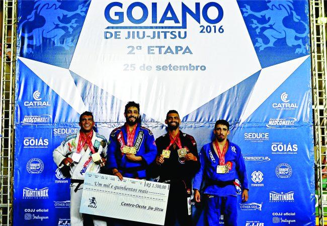 Dimitrius Souza fatura absoluto no Circuito Goiano de Jiu-Jitsu