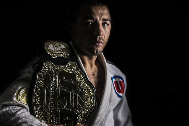 José Aldo confirms duel with Max Holloway for UFC 208