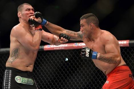 Werdum vs. Velasquez. Photo: UFC