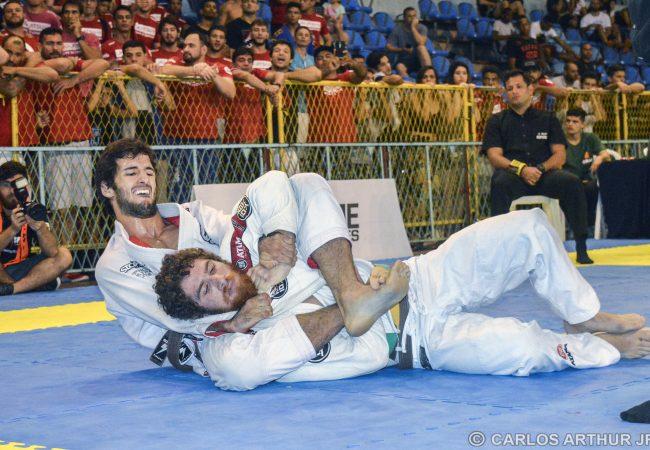 Jiu-Jitsu: O estrangulamento que deu à Gracie Barra o título no Brasileiro de Equipes