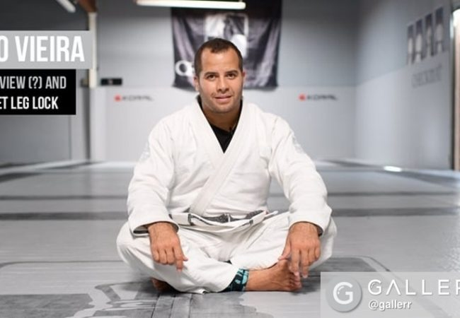 Leo Vieira teaches a guillotine on the opponent's foot