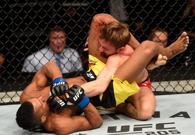 Jiu-Jitsu: A transição e o triângulo de Iuri Marajó no UFC 204
