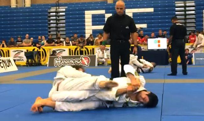 Vídeo: O leglock de João Miyao no Boston Summer Open de Jiu-Jitsu