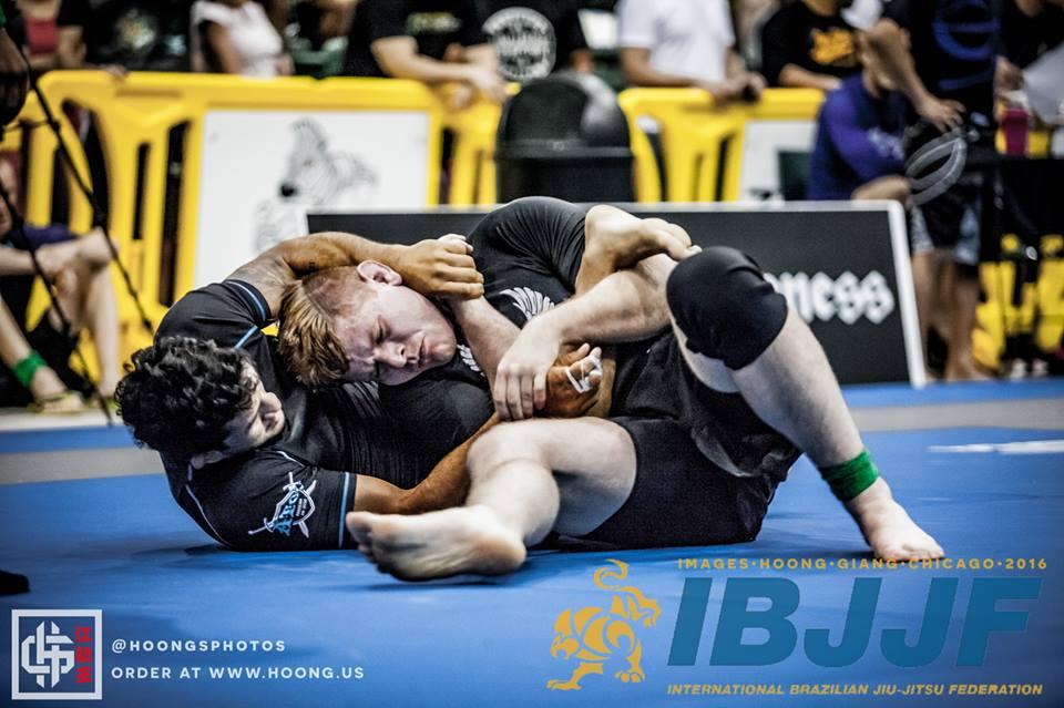 Hulk parte em busca de mai um ouro sem kimono, agora na categoria de cima. Foto: IBJJF/Divulgação