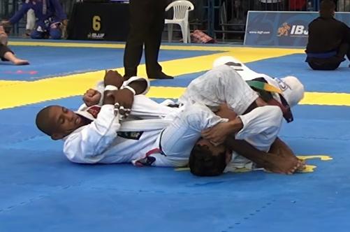 Jiu-Jitsu: Confira o armlock campeão de Isaque Paiva no Floripa Open