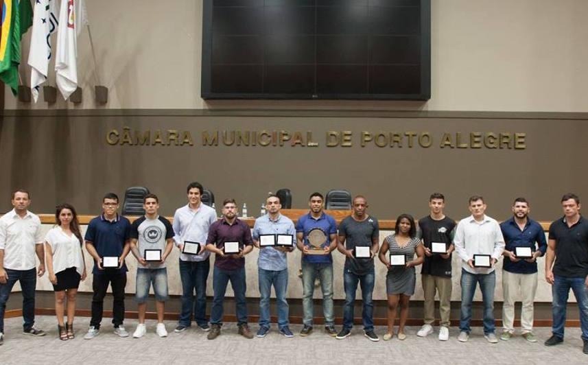 Premiados da temporada 2016 na Câmara dos Vereadores. Foto: Divulgação