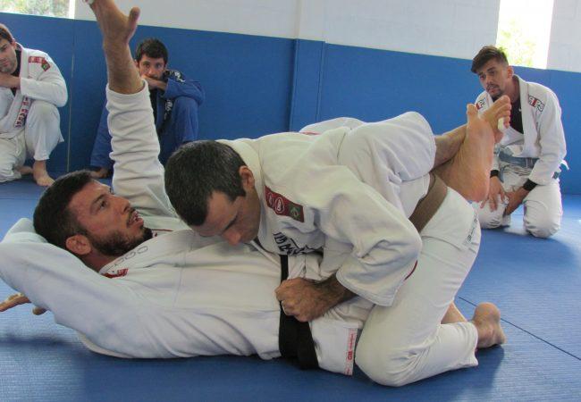 Jiu-Jitsu: Raspe com segurança da meia-guarda profunda com Diogo Almeida