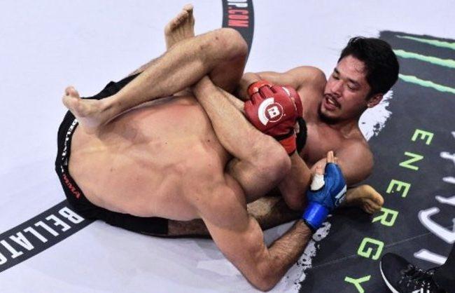Vídeo: Goiti Yamauchi finaliza e se salva com o Jiu-Jitsu no Bellator 168