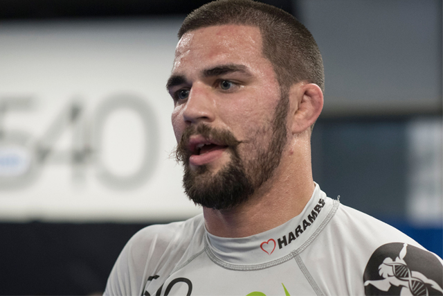 Tonon beats Agazarm in the gi; João Assis, Najmi win belts at Fight To Win 24