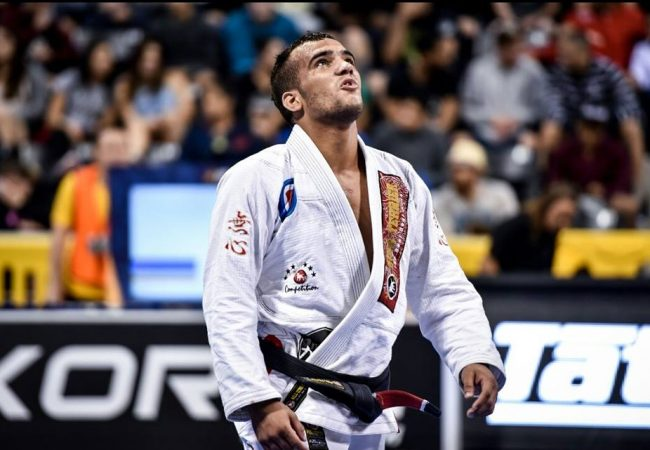 Márcio André on Euro title, out-of-nowhere triangle