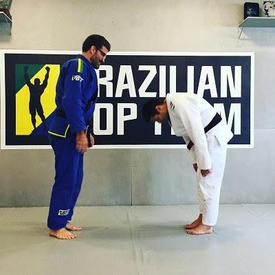 Murilo Bustamante e o novo faixa-preta Felipe Bronze na BTT, no Rio. Foto: Acervo Pessoal