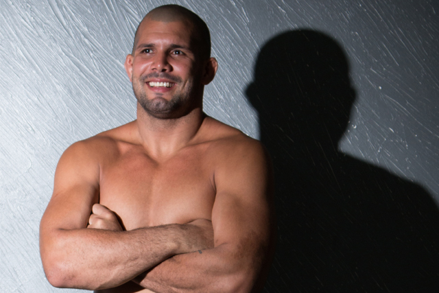 Rodolfo Vieira hits weight and is ready for MMA debut