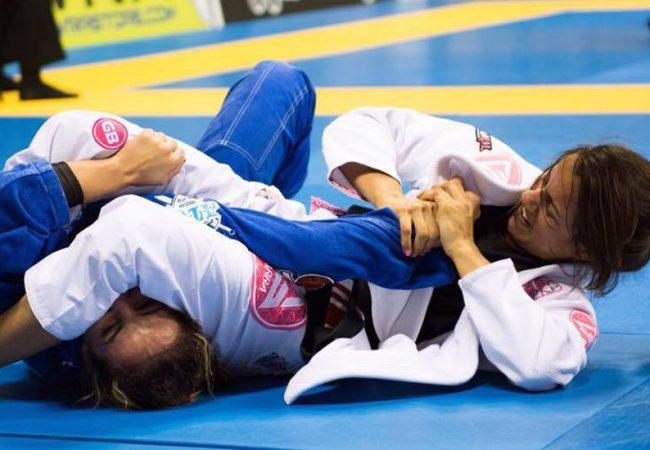 Jiu-Jitsu: Defenda o leglock e finalize no braço com Fabiana Borges