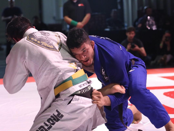 """Lucas Hulk comenta vitória no Five Grappling: """"Sinto meu Jiu-Jitsu evoluindo"""""""