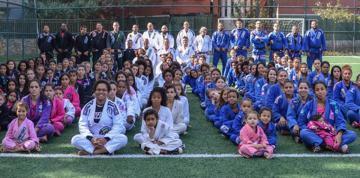 O pelotão feminino da nossa GMI Infight. Foto: Flashsports/Divulgação