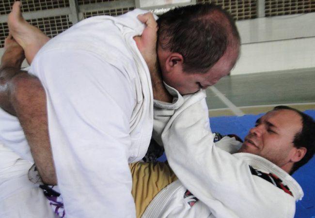 Projeto de  Jiu-Jitsu para cegos faz campanha de financiamento coletivo; Saiba como contribuir