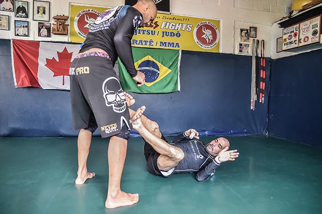 Jiu-Jitsu: Aqueça com técnicas de defesa pessoal com Sylvio Behring