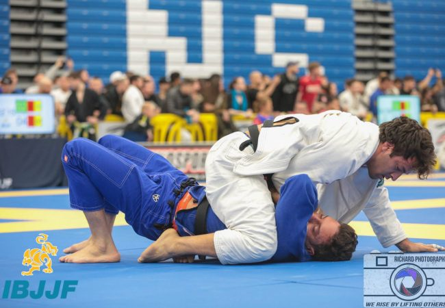 Check out Gregor Gracie's identical submissions at the Boston Spring Open