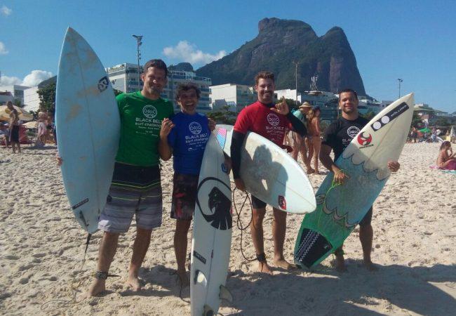 Faixas-pretas de Jiu-Jitsu disputaram quem é o melhor no surfe; confira!