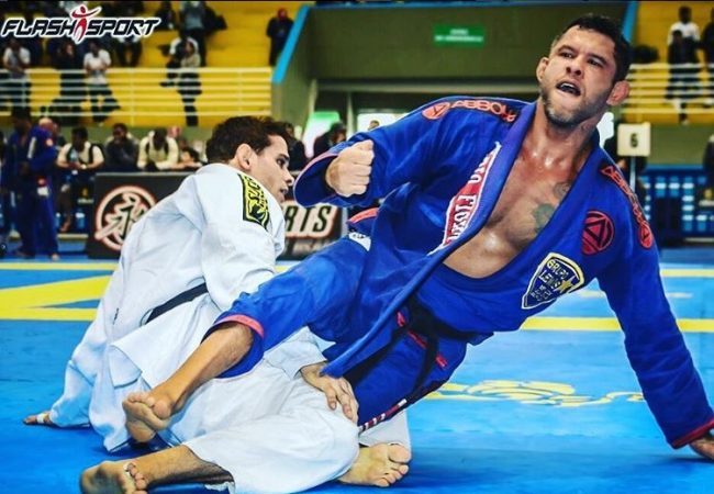 Jiu-Jitsu: Aprenda 3 ataques da meia-guarda com o GMI Rafael BBzão