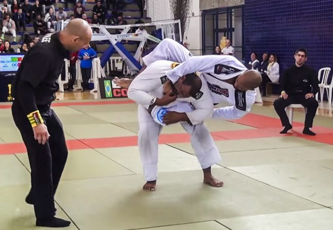 Jiu-Jitsu: O estrangulamento de Erberth Santos pelo ouro no Curitiba Open