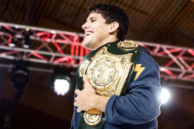 Felipe Preguiça revela estratégia usada para finalizar Adam Wardzinski no ACB Jiu-Jitsu