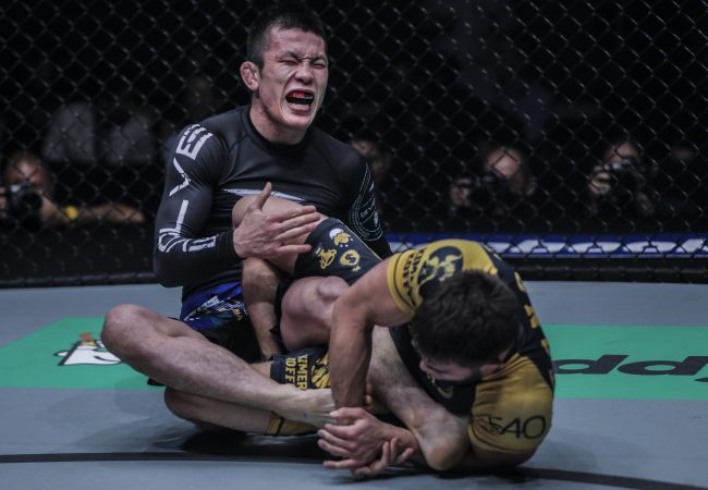 BJJ: See how Garry Tonon finished Shinya Aoki in the One FC cage