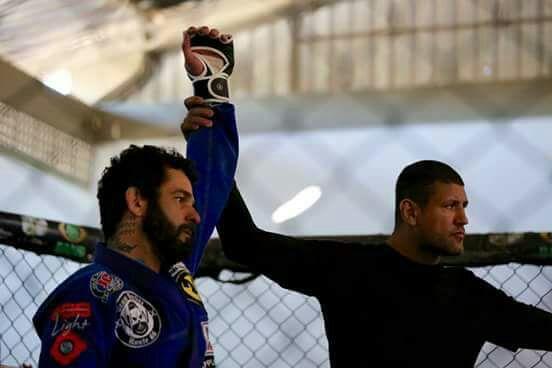 MMA com kimono? Professor de Jiu-Jitsu explica os benefícios