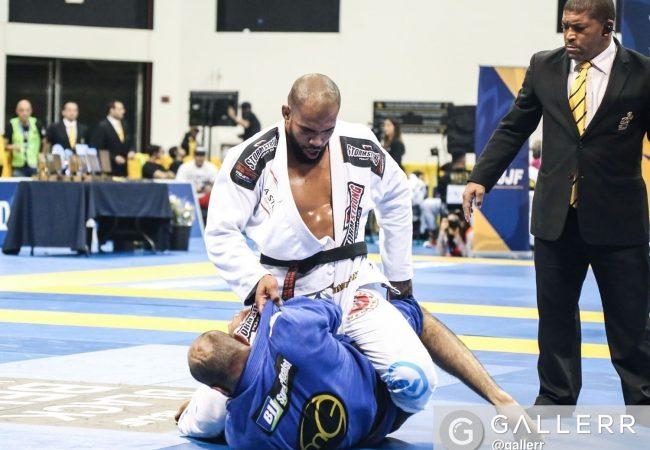"""Erberth Santos: """"Não existe atalho para ser campeão mundial de Jiu-Jitsu"""""""