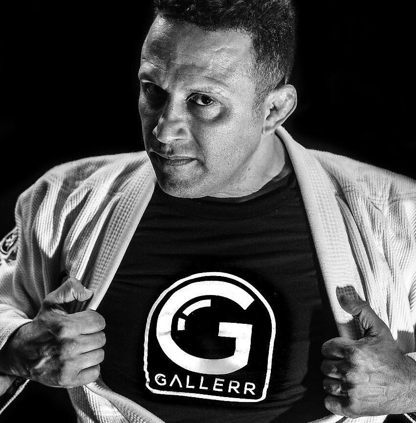 Renzo Gracie com a camisa Gallerr