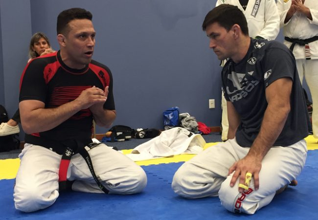 Renzo Gracie teaches the details of the finish called the Katagarenzo
