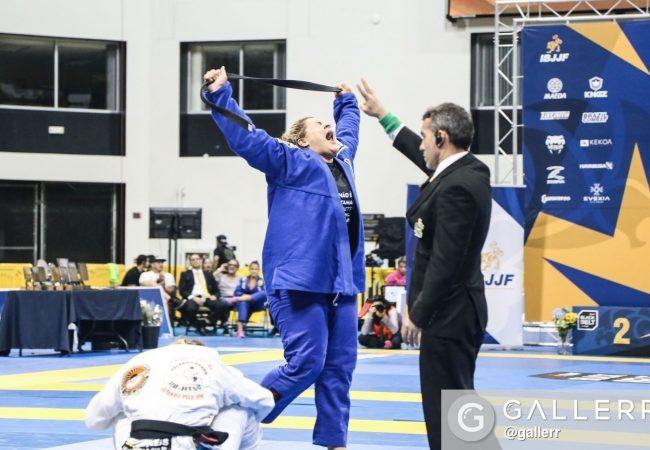 Tayane Porfírio comenta ouro duplo no Mundial e no Grand Slam do Jiu-Jitsu