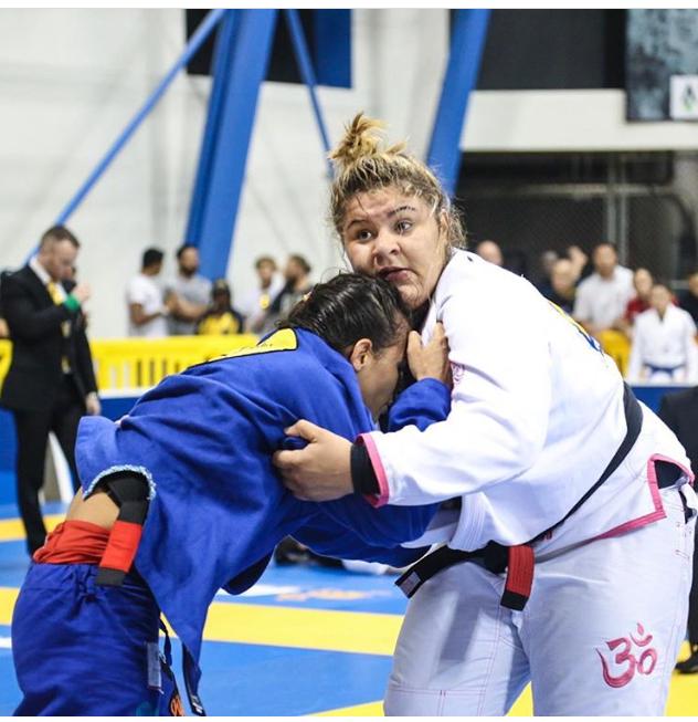 Tayane venceu Bia Mesquita no sábado do Mundial 2017.