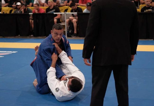 Mestres e professores do time GMI entram em ação no Internacional Master de Jiu-Jitsu