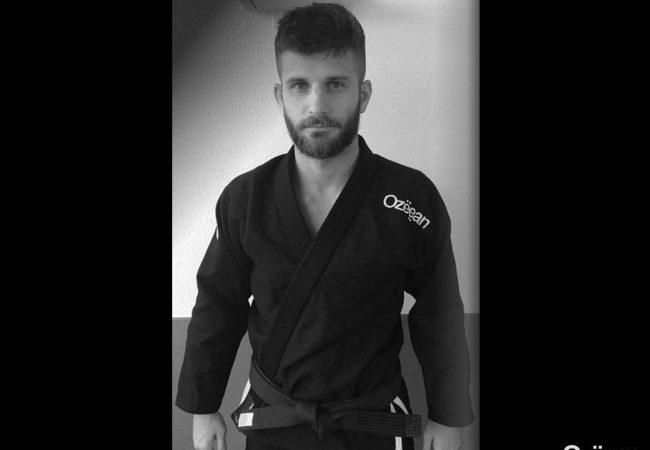 Vídeo: Um ataque duplo no Jiu-Jitsu contra a guarda De La Riva