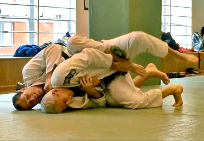 Aprenda com Roger Gracie e Zé Beleza em treininho solto de Jiu-Jitsu
