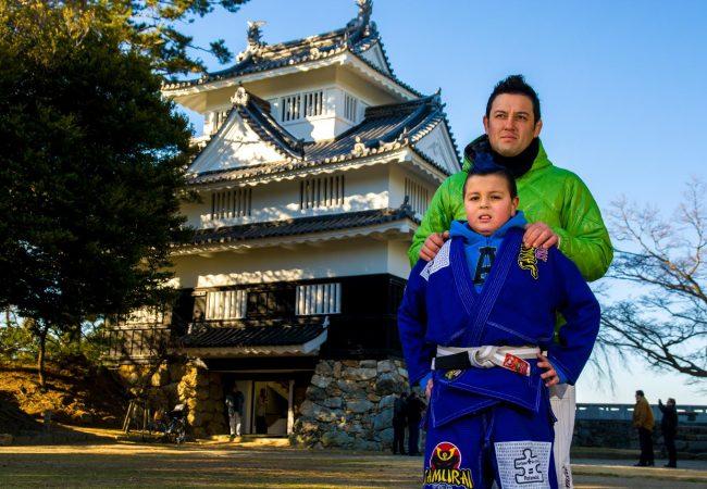 Como um pai conquistou a faixa-preta de Jiu-Jitsu graças ao filho