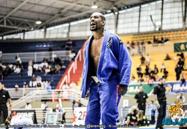 Jiu-Jitsu: O estrangulamento de Erberth Santos pelo ouro absoluto do São Paulo Open