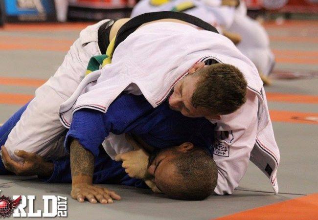 Keenan Cornelius finaliza Erberth Santos em evento de Jiu-Jitsu nos EUA
