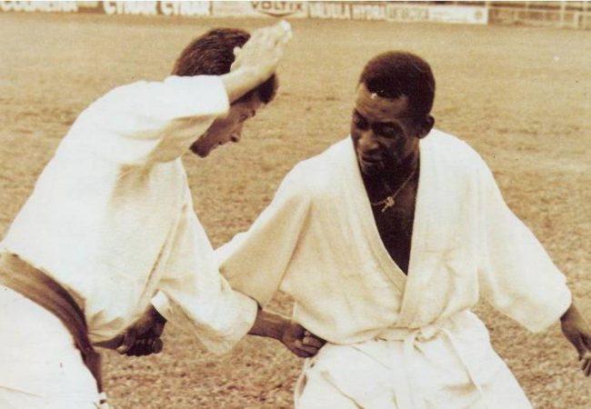 As lições de artes marciais que aprendemos com rei Pelé