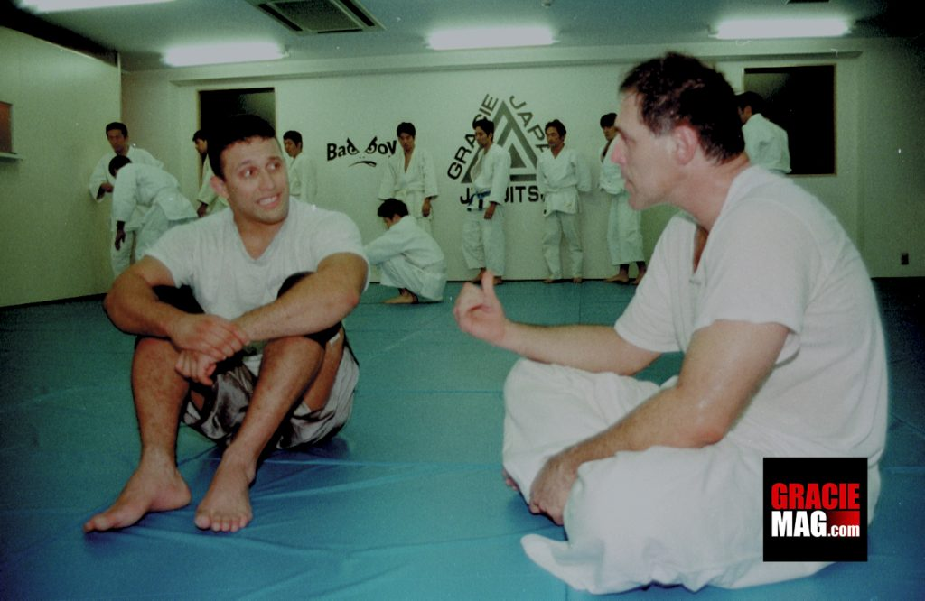 Renzo Gracie and Mauricio Gomes after training at Gracie Japan, in October of 1997.