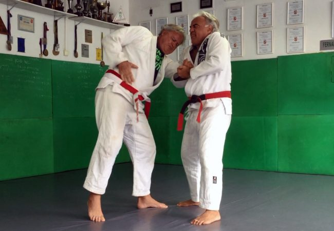 Fernando Pinduka and Otávio Peixotinho teach basic self-defense