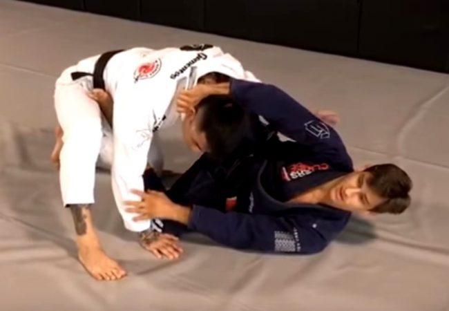 Osvaldo Queixinho ensina arapuca para finalizar o passador no Jiu-Jitsu