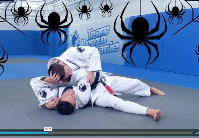 Escape a judo immobilization – and don't be afraid of Halloween