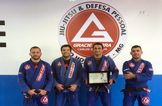Romulo Barral honored at Gracie Barra BH
