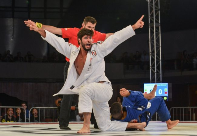 Copa Podio to qualify a brown-belt for its Heavyweight GP this Sunday