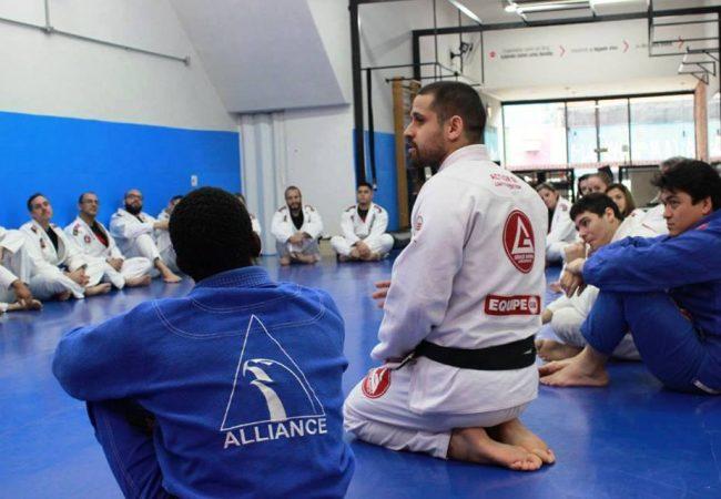 10 dicas da equipe Gracie Barra Vila Prudente e Aclimação para começar no Jiu-Jitsu