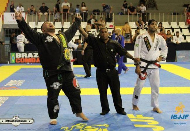 Otávio Nalati's pressure for gold at the Rio BJJ Pro