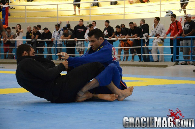 Cássio Francis's sneaky leg lock at the Brasília Open
