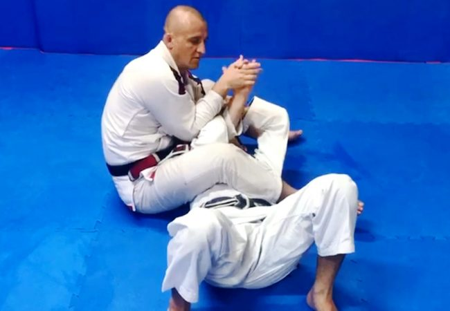 Concluding the armbar against a fierce defender, with Daniel Nova